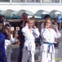 demonstratie karate 27 september2003 011